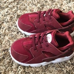Toddler Nike Huaraches